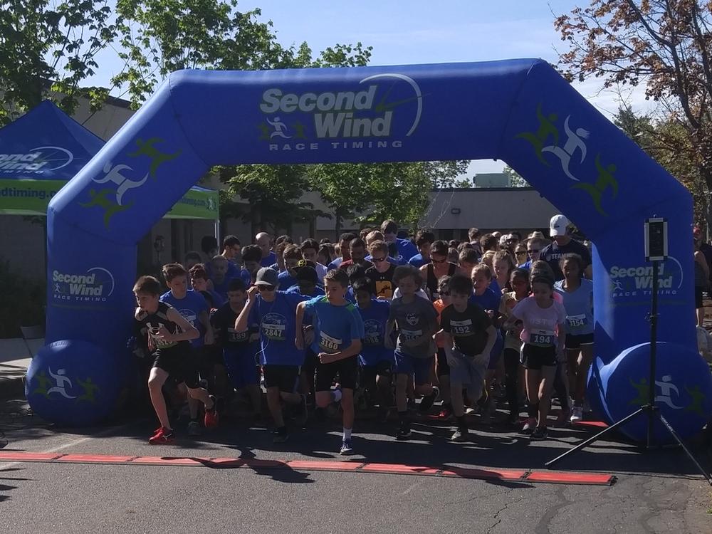 2017 McAuliffe 5K Start Line